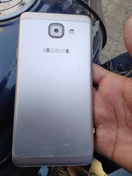 Samsung j7 max very very good condition