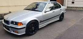 BMW E36 Limited Edition  320i warna silver