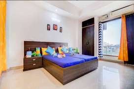 Girls PG in Noida Sector 19 with meals & all amenities