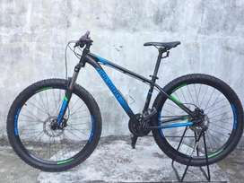 SEPEDA GUNUNG MTB POLYGON PREMIER 4 2019 SECOND LIKE NEW 90%