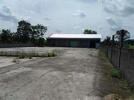 Gudang dijual. Luas 1800 m2, Lb. 400 m2. Muka 25 m2. Delanggu. Klaten