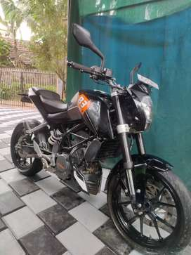ktm 200.with fancy number Ap 200 . showroom condition. new tyre back