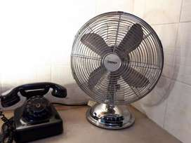 Beautiful Igenix Chrome Desk Fan Antique & Vintage
