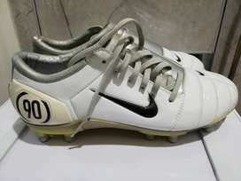 Nike Air Zoom Total 90 football shoes
