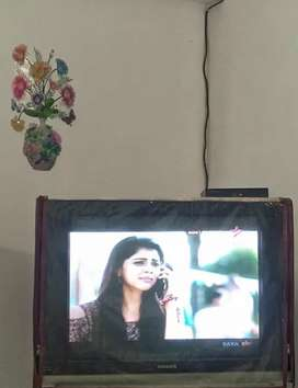 Execellent condition, Big size old model TV