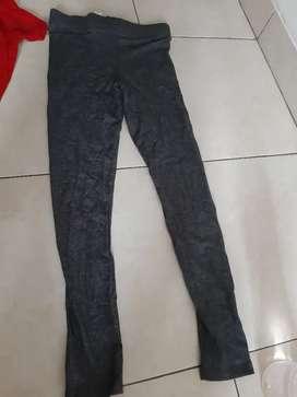 Legging wanita warna abu2 size M