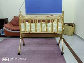 Baby Cot, Light Weight with Swinging Ability
