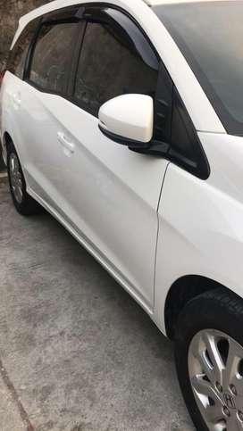 Mobilio putih type E 2016 manual