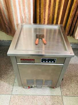Roll ice cream machine