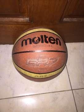 Bola Basket Molten GG 7