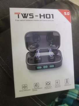 Rohs TWS h01 earbuds with powerbank
