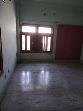 2bhk flats on rent near Lanka Truma centre