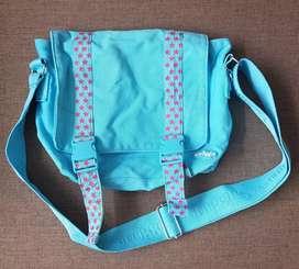 Tas SMIGGLE original tas anak slempang warna biru
