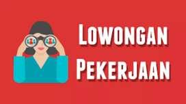Pegawai outlet Ayam Pakar Kebon Jeruk & Karang Tengah