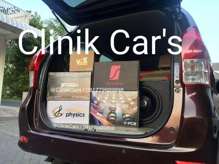 Audio mobil kelas internasional** 0