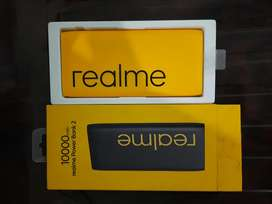 Realme power bank 2 10000mah just seal cut