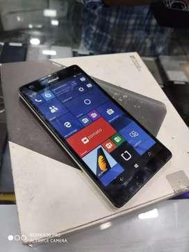 Nokia Lumia 950XL Dual Sim at just 8900 only