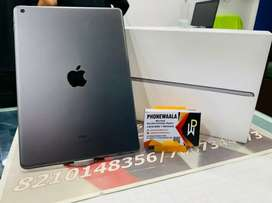 Ipad 8th Generation (32gb) Wifi.  Only 40 days used