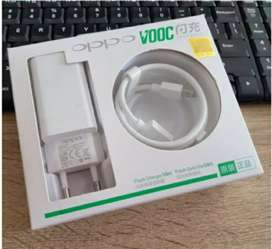 Charger Original OPPO VOOC 4.0 A, OPPO F9 Fast CHARGER Garansi 1 Bulan
