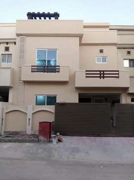 Bahria town Phase 8 safari valley 5m brand new house outclass location