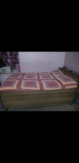 4 by 6 storage bed with mattress