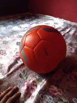 Decathlon football
