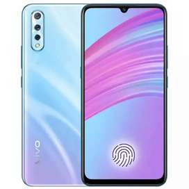 Vivo S1 4+128     5 days used iwant to urgent sale 32500