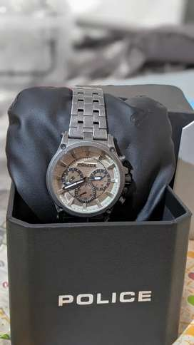 POLICE Watch Only 2 Months Used Urgent Sale