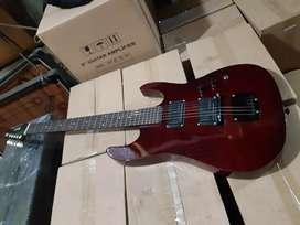 GiTaR ibanez pemuLa gitar listrik elektrik