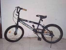 Dijual Sepeda anak mark Totem
