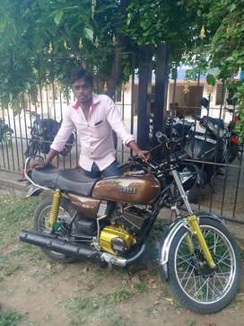 Yamaha RX 100 For sale{genuen buyers only contact me}