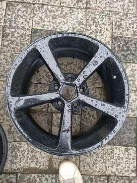 17 inch alloy wheels with tyres for sale.114 PCD. For Innova , accord