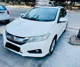 Honda City 1.5 V Manual Sunroof, 2014, Diesel