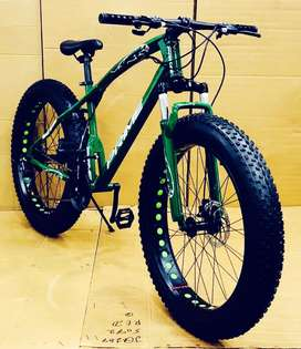 Fat tyre bicycles with shimano gears
