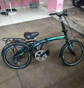 Sepeda lipat ukuran 20 7x1 speed