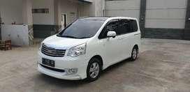 Toyota NAV1 V (2013) Mulus dan terawat,dengan kilometer rendah
