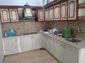 Beautiful 3bed dd 300yard portion vip block7 gulistan johar