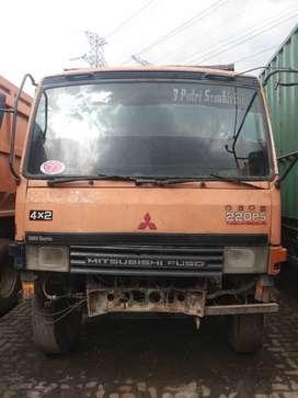 Mitsubishi Fuso FM 517 Dump Truck Tahun 2005