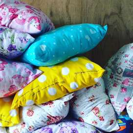Sprei,  pillow, bolster, mattras, bed foam for sale at puring market