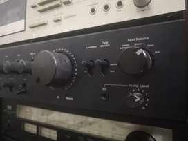 Good working sansui amplifier vintage AU 317 metal transistor