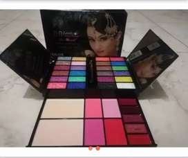 Latest makeup for girls