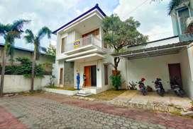 Rumah Lingkungan Kota Dekat Janti dan Amplaz