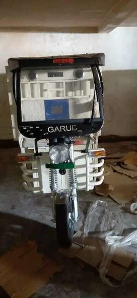 Garud E - rikshaw & loader