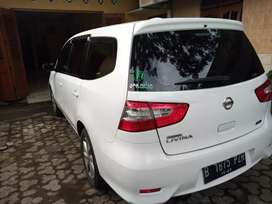 Nissan grand Livina Tahun 2013