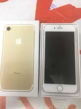6 month sellers warranty Iphone 7 32gb  with bill box new