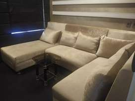 Sofa, perfect for your home... Looks very elegant and royal