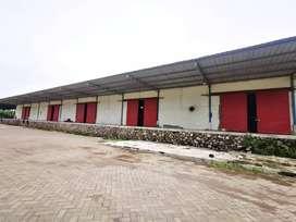 Gudang Loss Dengan Loading Dock di Ngoro