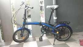 Sepeda lipat merk pacifc ukuran 16