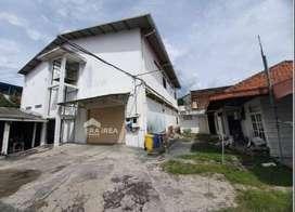 BU | Gudang dan Ruang Usaha di Tipes Surakarta Bonus rumah mewah