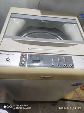 Whirlpool fully automatic top loading washing machin in good condition